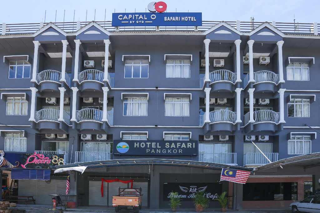 Capital O 89876 Safari Hotel